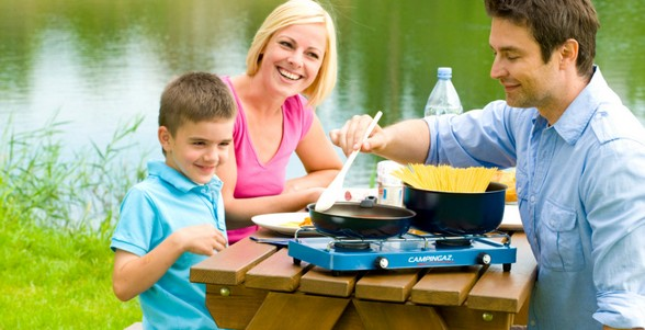 Campingaz Case Camp Cooker family cooking